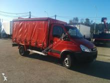 Camión furgón transporte de bebidas Iveco Daily 65C15