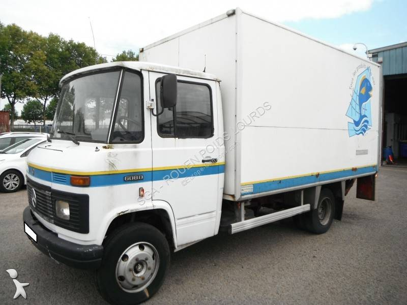 camion mercedes 508d 2 annonces de camion mercedes 508d occasion pro ou particulier. Black Bedroom Furniture Sets. Home Design Ideas