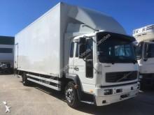 camión isotérmica Volvo
