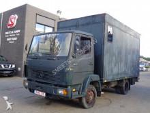 camião Mercedes 814