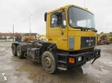 camion MAN 33.322