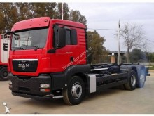 Camión portacontenedores MAN TGS 26.440