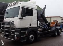 Camión portacontenedores MAN TGL 8.180