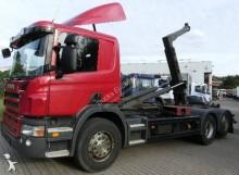 Camión portacontenedores Scania P 380