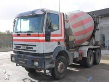 camião Iveco Cursor MP 260 E 31
