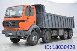 camião Mercedes 3234