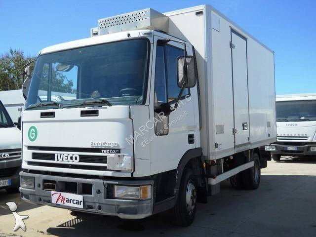 camion frigo 1297 annunci di camion frigo usati in vendita. Black Bedroom Furniture Sets. Home Design Ideas