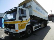 Volvo FL10-320-6X2-GETREIDESCHLEUSE truck