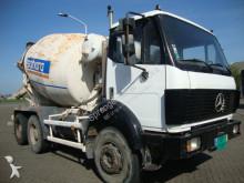 vrachtwagen Mercedes 2426