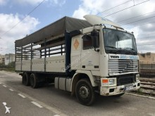 Volvo tautliner truck