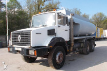 camion cisternă transport alimente Renault