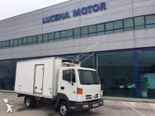 Nissan mono temperature refrigerated truck