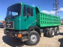MAN 26.422 truck