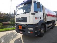 tweedehands vrachtwagen tank chemicaliën