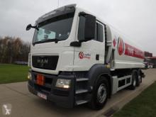 camion cisterna prodotti chimici usata