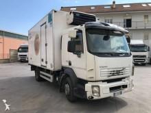 camion frigo trasporto carne Volvo