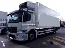 Mercedes mono temperature refrigerated truck