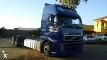 Camión chasis Volvo FH 400