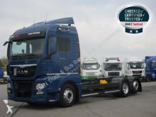 Camión chasis MAN TGX 26.440 6X2-4 LL BDF eje direccional