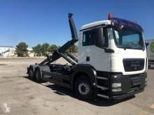 MAN TGS 26.400 truck