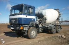 Camión hormigón cuba Mezclador MAN - CAMION HORMIGONERA 362 6X6 1992 8M3