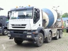 camion Iveco Trakker 360 8x4 / Mischer 9m³ / Klima
