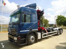 Camión portacontenedores Mercedes Actros 2544