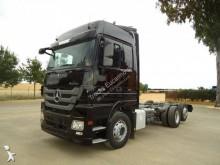 Camión chasis Mercedes Actros 2541
