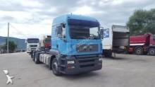 vrachtwagen chassis MAN