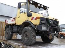 Unimog U1200 truck