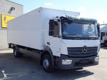 camión Mercedes Atego 1324