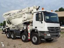 camion betoniera cu malaxor si pompa Mercedes