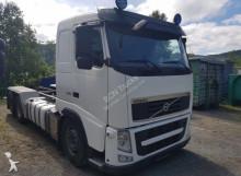 Camión chasis Volvo FH - 16 540