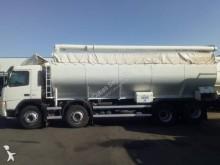 camión cisterna gránulos / polvo Volvo