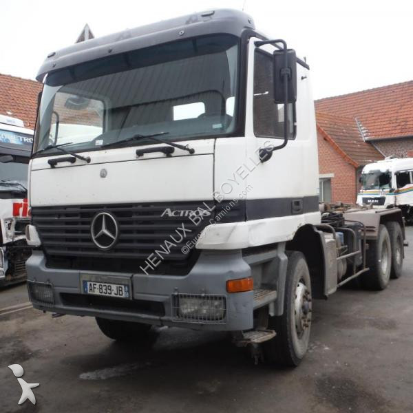 Camion Mercedes 3331