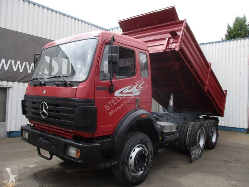 Camion mercedes ribaltabili trilaterali 6x4 paesi bassi for Rimorchi ribaltabili trilaterali usati