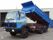 vrachtwagen Mercedes 2632