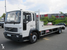 porte engins Volvo FL 220