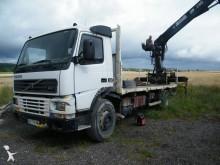 camión maderero Volvo