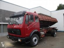 vrachtwagen Mercedes 1622