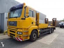 Camión portamáquinas MAN TGA 26.390
