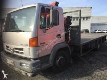 camião estrado / caixa aberta estandar Nissan
