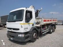 Renault tipper truck