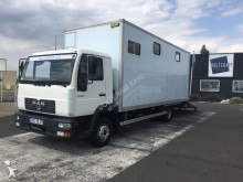 MAN LE 180 C truck