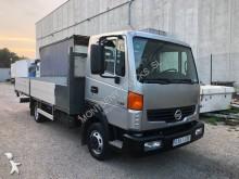 Camión caja abierta estándar Nissan Atleon
