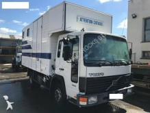 Volvo FL6 150 truck