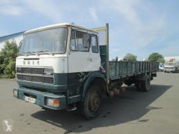 camion plateau standard Unic