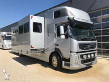 camion van per trasporto di cavalli usato