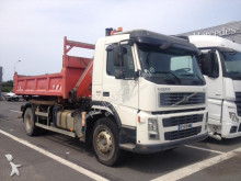 camion benă bilaterala Volvo