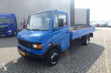 Mercedes 609D truck